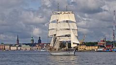 The brig Tre Kronor in Stockholm (Franz Airiman) Tags: båt boat ship fartyg stockholm sweden scandinavia segel sail segelfartyg sailingship beckholmen kastellholmen skeppsbron