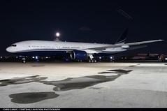 Private B772 N777UK (Sandsman83) Tags: calgary cyyc yyc airplane plane aircraft privatejet corporatejet boeing 777 luxury n777uk full moon