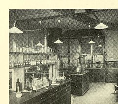 This image is taken from Page 52 of Les Laboratoires Wellcome de Recherches Chimiques ÃÂ  l'exposition universelle et internationale de Bruxelles, 1910 [electronic resource] (Medical Heritage Library, Inc.) Tags: exposition universelle et internationale 1910 brussels belgium chemical industry science wellpub wellcomelibrary ukmhl medicalheritagelibrary europeanlibraries date1910 idb20458034