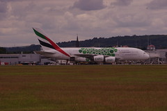 IMGP6013 A388 A6-EEZ GLA/EGPF (fergusabraham) Tags: glasgowinternational gla egpf a6eez a380 a388 uae emirates airbus