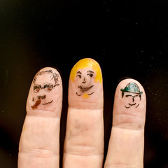 Finger emoji (Eric.Ray) Tags: wah emoji day fingers square nikon d3500 flickr marx brothers