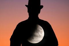 man on the moon (Wackelaugen) Tags: moon eclipse partialeclipse man silhouette sunset canon eos 760d photo photography stephan wackelaugen apollo apollo11 saturn
