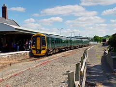 158958 Barnstaple (3) (Marky7890) Tags: gwr 158958 class158 expresssprinter 2f39 barnstaple railway devon tarkaline train