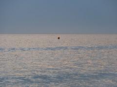 silent_sea (Joerg Esper) Tags: niederlande netherlands holland zuidholland rockanje westvoorne voorneputten nordsee northsea sea seascape water minimalismus blue blau landscape landschaft olympus olympusomdem10markii olympusmzuikodigitaled40‑150mm140‑56r
