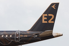 """Embraer E195-E2 PR-ZIQ """"Profit Hunter"""" 015 (A.S. Kevin N.V.M.M. Chung) Tags: aviation aircraft aeroplane airport airlines mfm spotting macauinternationalairport plane taxiway taxiing embraer erj e195 e195e2 erj190400std speciallivery profithunter closeup tail"""