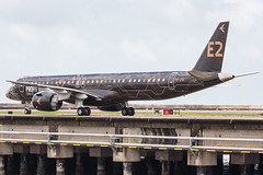 """Embraer E195-E2 PR-ZIQ """"Profit Hunter"""" 018 (A.S. Kevin N.V.M.M. Chung) Tags: aviation aircraft aeroplane airport airlines mfm spotting macauinternationalairport plane taxiway taxiing embraer erj e195 e195e2 erj190400std speciallivery profithunter beacon"""
