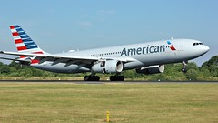 N285AY (AnDyMHoLdEn) Tags: americanairlines a330 oneworld egcc airport manchester manchesterairport 05r