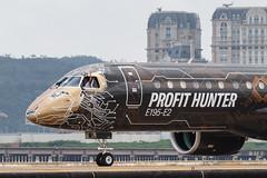 "Embraer E195-E2 PR-ZIQ ""Profit Hunter"" 0162 (A.S. Kevin N.V.M.M. Chung) Tags: aviation aircraft aeroplane airport airlines mfm spotting macauinternationalairport plane taxiway taxiing embraer erj e195 e195e2 erj190400std speciallivery profithunter closeup cockpit nosegear"