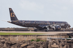 """Embraer E195-E2 PR-ZIQ """"Profit Hunter"""" 019 (A.S. Kevin N.V.M.M. Chung) Tags: aviation aircraft aeroplane airport airlines mfm spotting macauinternationalairport plane taxiway taxiing embraer erj e195 e195e2 erj190400std speciallivery profithunter"""