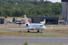 Dassault Falcon 2000LX armée de l'air // F-RAFD (Luc_slf) Tags: falcon arméefrançaise armée arméelair frencharmy dassault dassaultfalcon 2000lx airport bve briveairport aeroportbrive aeroportbrivevalléedeladordogne spotting planespotting