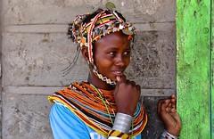 Kenya- Turkana area- Samburu people (venturidonatella) Tags: kenya kenia africa turkana samburu tribe tribù minoranza minorities persone people gentes gente portrait ritratto colori colors nikon nikond500 d500 ragazza donna woman girl sorriso smile sguardo look laketurkana turkanaarea verde green