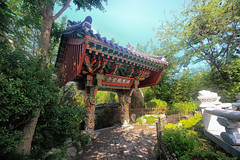 Temple entrance in Busan, South Korea (` Toshio ') Tags: toshio busan southkorea korea korean asia haedongyonggungtemple temple haedongyonggungsa religion buddhist buddha fujixt2 xt2