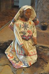Traje Huichol Clothing Textiles Mujer Woman (Teyacapan) Tags: museo mexico wixarika huichol trajes clothing vestimenta jalisco ropa embroidered