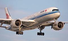 B-1080 - Airbus A350-941 - LHR (Seán Noel O'Connell) Tags: airchina b1080 airbus a350941 a350 a359 heathrowairport heathrow lhr egll pek zbaa ca855 cca855 27l aviation avgeek aviationphotography planespotting