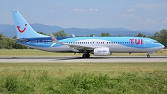 D-ASUN (Breitling Jet Team) Tags: dasun tuifly boeing 737800 euroairport bsl mlh basel flughafen lfsb eap