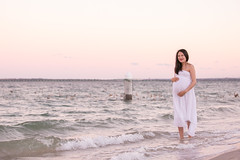 Sonia Han_Maternity Sunset Shoot_Bright Le Sands_14MAY19-202 (Captar Photo) Tags: 2019 beach captarphoto captarvida couple katiebarget maternity mother pregnancy snappr balloons maternityshoot sunset