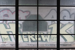 Fenster mit Ausblick (rolfruessmann) Tags: westkreuz berlin crew