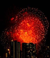 2019_ckimura-7447.jpg (Cliff Kimura) Tags: fireworks hawaii honolulu waikiki