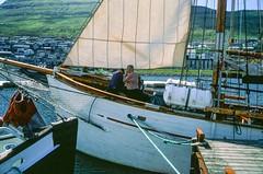 far end of Vidoy island of Faroeislands (荷田田她爹) Tags: faroe islands vidoy hexar af 35mm fujifilm velvia50 rvp50