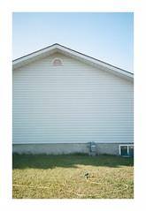 don't ya just (jellygeist) Tags: olympusxa olympus film analog kodak kodakportra400 architecture suburbs 35mm