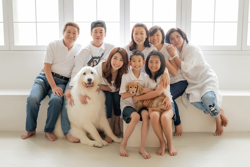 """""""全家福攝影,寵物全家福,棚拍全家福,家庭寫真,親子寫真,家庭照,寵物寫真"""