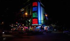 Vietnam_2019_042 (ShinIlgR) Tags: da nang vietnam vivien ebran sony a7r night nuit neon light lumiere ambiance atmosphere couleur color street rue
