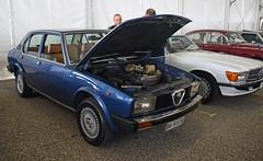 Alfa Romeo Alfetta 2.0 berlina // BB-915 DC (baffalie) Tags: auto voiture ancienne vintage classic old car coche retro expo italia sport automobile racing motor show collection club course race circuit italie padoue fiera