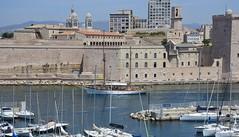 L' entrée du Vieux-Port de Marseille (salva1745) Tags: l entrée du vieuxport de marseille