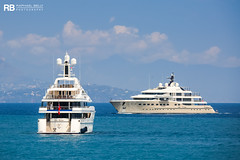 Lady Kathryn V - 61m - Lurssen & Here Comes The Sun - 83m - Amels (Raphaël Belly Photography) Tags: rb raphaël raphael belly photographie photography yacht boat bateau superyacht my yachts ship ships vessel vessels sea motor mer m meters meter lady katrhyn v 61m 61 lurssen white blanc bianco imo 1011068 mmsi 319891000 here comes the sun 83m 83 amels crème cream beige jaune yellow 1012414 319105500