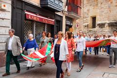 Ikurriñaren 125 urteurrena Bilbao -0006 (EAJ-PNV) Tags: eajpnv euzkoalderdijeltzalea euzkadi partidonacionalistavasco basquecountry basquenacionalparty basque ikurriña