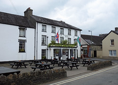 Castle Hotel, King's Road, Llandovery, Carmarthenshire 17 July 2019 (Cold War Warrior) Tags: thecastle inn pub hotel breweriana llandovery carmarthenshire nelson