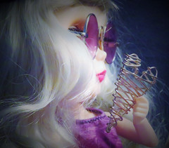 BaD 18 July 2019: Silver (jefalump) Tags: fauxblythe silver hair heart portrait