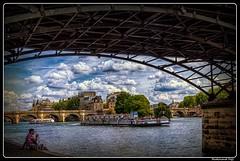 Paris_Seine_Île de la Cité_ships Le mulet Couteau_Pont Neuf_Pont des Arts_Square du Vert-Galant_1er Arrondissement (ferdahejl) Tags: paris seine îledelacité shipslemuletcouteau pontneuf pontdesarts squareduvertgalant 1erarrondissement huaweimate10lite