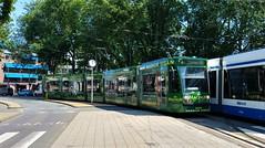 'T is groen en het ... (Peter ( phonepics only) Eijkman) Tags: amsterdam city combino gvb tram transport trams tramtracks trolley rail rails streetcars strassenbahn nederland netherlands nederlandse noordholland holland