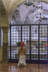 At prayer (Clive1945) Tags: italy puglia d7100 bari religion church cathedral crypt