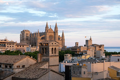 Palma de Mallorca Cathedral (John Wilder Photography) Tags: architecture cathedral spain palmademallorca rooftops sunset sky fuji xe3 xf1855mm