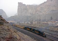 Shoving Past Castle Gate (Erie Limited) Tags: soldiersummit provosubdivision drgw rio grande emd sd40t2 tunnelmotor train railfan railroad unionpacific castlegateut