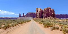 Monument Valley, Arizona 2009-075.jpg (Mike.MRM) Tags: 2009arizona road shared 2x1 monumentvalley landscapeimage arizona 2009trip oljatomonumentvalley unitedstates