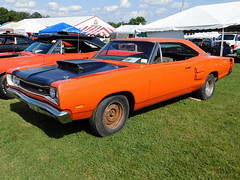 1969 Dodge Coronet Super Bee (splattergraphics) Tags: 1969 dodge coronet superbee a12 mcode bbody sixpack mopar carshow carlisle carlislechryslernationals carlislepa