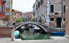 Venezia (baffalie) Tags: venise italie city mare mer canal bateau boat gondole lagune laguna grande