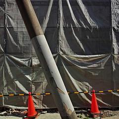 20190505_DP0Q8679-1x1-mod (NAMARA EXPRESS) Tags: 1x1 street pillar sheet construction spring daytime fine outdoor color juso osaka japan spp spp661 foveon x3 sigma dp0 quattro wide ultrawide superwide namaraexp