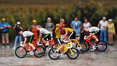 Geisterfahrer bei der Tour de France !! (J.Weyerhäuser) Tags: 187 fun h0 preiser tinypeople tourdefrance