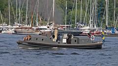 Ångslup 45 (byggd 1901 och tillhörde pansarskppet Wasa) i Waldemarsviken i Stockholm (Franz Airiman) Tags: stockholm sweden scandinavia boat ship fartyg båt navis ångbåt steamship