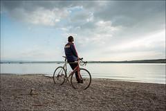 Mann mit Fahrrad (werk-2) Tags: fujigsw690 film kodakektar100 nikoncoolscan6000 analog werk2 werk2photographie werk2photographiede ammersee stegen barca gsw690 gw690 fuji 6x9 mittelformat