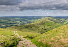 That View Again! (Lindsey1611 (off for a while)) Tags: mamtor great ridge peakdistrict derbyshire highpeak summer hill footpath losehill hillwalking edalevalley clouds evening countryside green