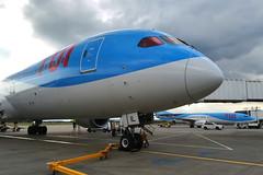Two TUI's (G-TUIL/FDZD) (Fraser Murdoch) Tags: tui tom tomjet thomson airways boeing 7879 b789 gtuil b738 7s8 glasgow gla plane stand pier dlm 2017 cloudy summer huawei airbridge 33 spotting aviation airport gfdzd 737800 dreamliner 789 787 738 egpf ramp p8 2019