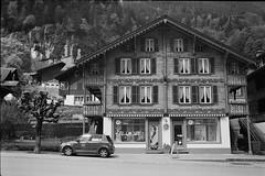 Lauterbrunnen (vladixp) Tags: fp4 fp4plus fp480 d76 14min 20c 12 praktica mtl5 flektogon k2 pf7250u 3600dpi 35mm yellowfilter filmscan 35mmfilm film bw bwfilm filmphotography negative scanned svizzera schweiz switzerland suisse lauterbrunnen