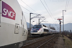 Croisement à Marignier (Alexoum) Tags: sncf tgv réseau pse croisement gare marignier hiver train voie unique saint gervais paris haute savoie alpes