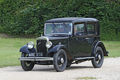 Austin 10 (1934) (Roger Wasley) Tags: austin 10 1934 aoe516 ten vehicle classic car toddington gloucestershire