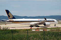 9V-SMR_20190603_BCN_51149_M (Black Labrador13) Tags: 9vsmr airbus a350 a350900 a350941 singapore airlines bcn lebl el prat barcelona avion plane aircraft vliegtuig airliners civil